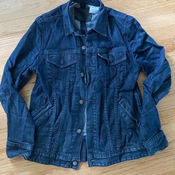 Men's Levi's denim commuter jacket